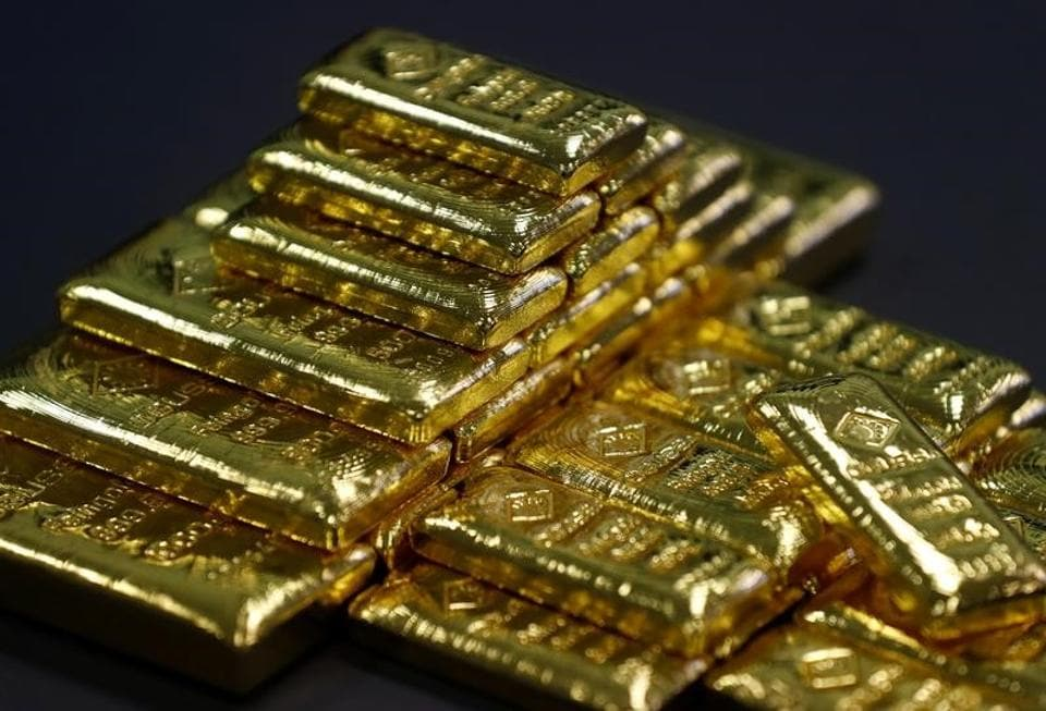 Gold prices dropped for a third straight session on Thursday and  hit a fresh four-week low.