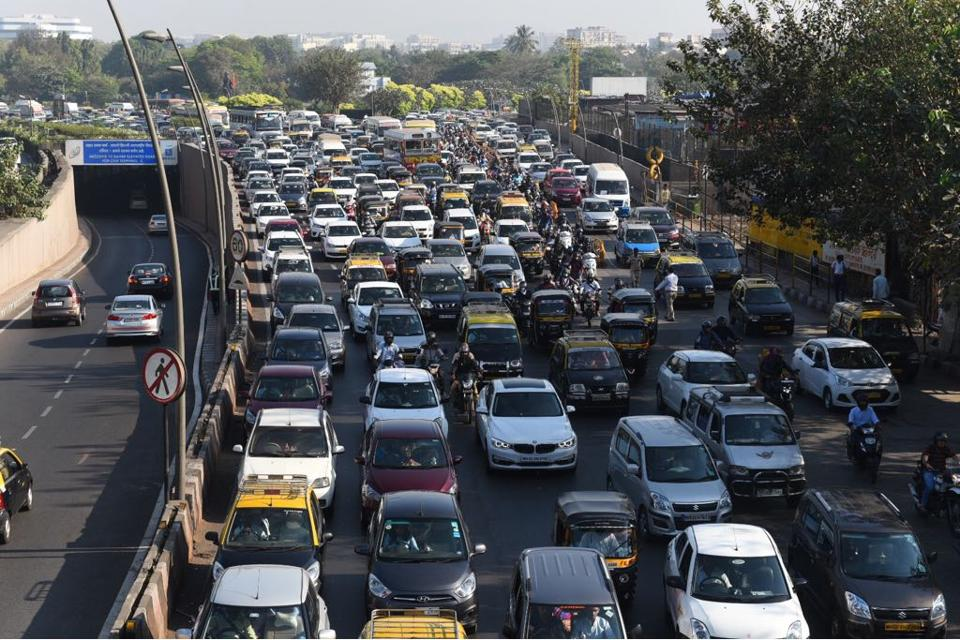 The traffic backed up from Vile Parle all the way to Samta Nagar, Kandivli, on Friday morning during the rush hour.