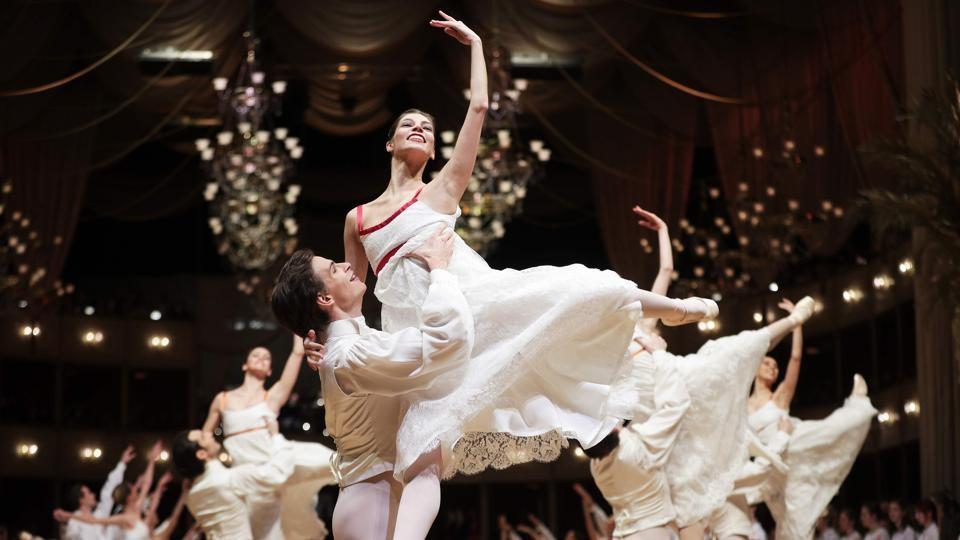 Dancers perform during a rehearsal on the eve of the Opera Ball 2018, the highlight of the Austrian capital's ball season, at the State Opera House in Vienna on February 7, 2018. (Georg Hochmuth / AFP)