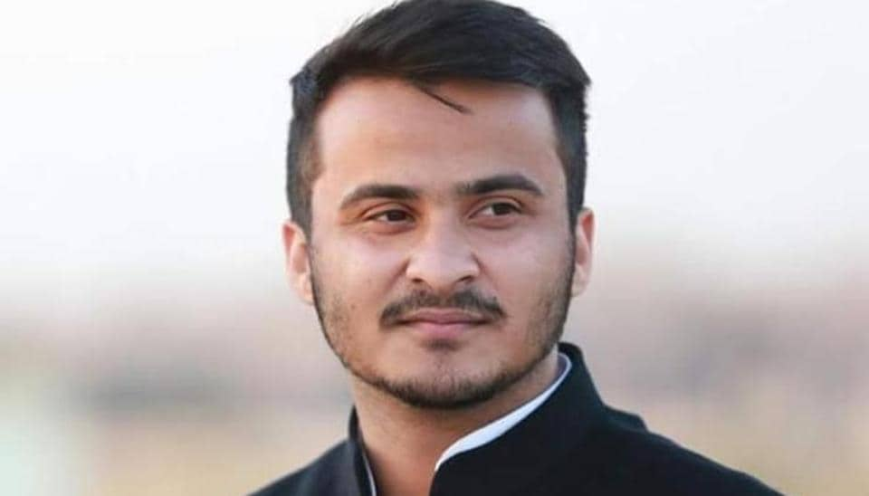 Abdullah Azam, son of senior Samajwadi Party leader, said in his complaint to the police he had received four calls from two different numbers on Wednesday.