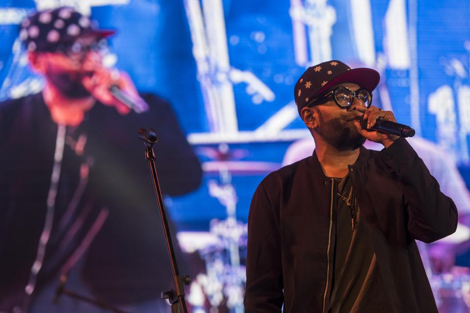 Benny Dayal performs at the Asiatic Library on Saturday.