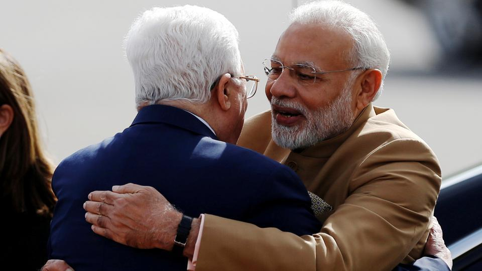 Palestinian President Mahmoud Abbas embraces India's Prime Minister Narendra Modi upon Modi's arrival in Ramallah. Prime Minister Modi and President Abbas will discuss ways to enhance bilateral relations as well as discuss the regional and international situations of common concern. (Mohamad Torokman / REUTERS)
