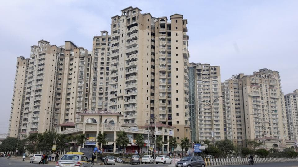 Buyers have shifted into Amrapali Sapphire without executing registry.