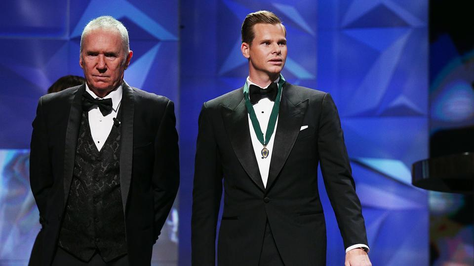 Australia skipper Steve Smith receives the Allan Border Medal from Alan Border in a grand ceremony at the Crown Palladium in Melbourne, Australia.  (Getty Images)