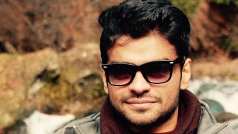 Chetan Dhande, a 27-year-old trekker who fell from Kalavantin Durg in Panvel.