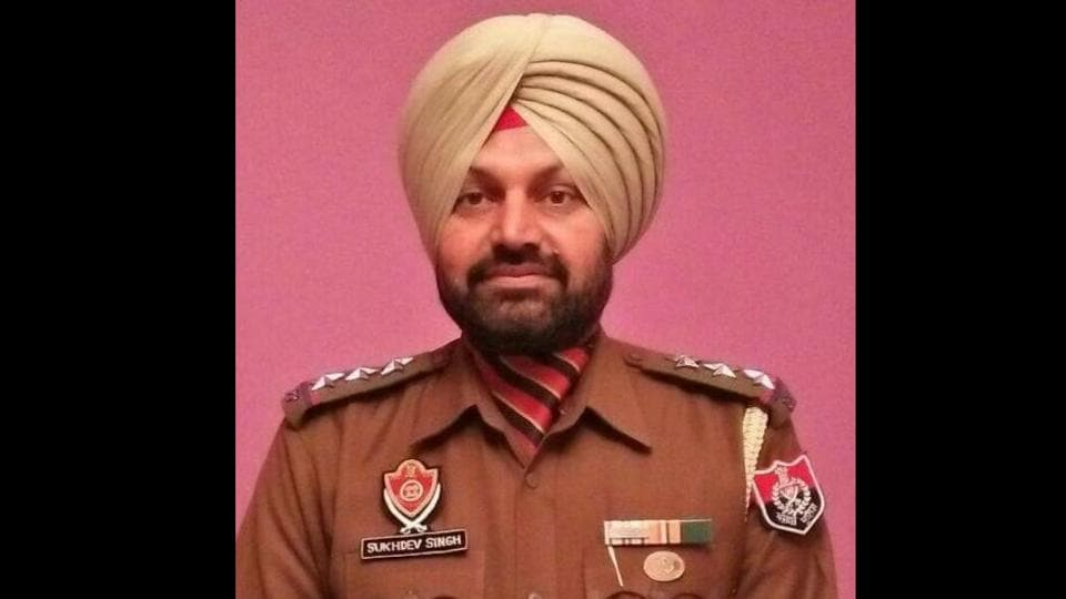 Inspector Sukhdev Singh, Phase-11 station house officer