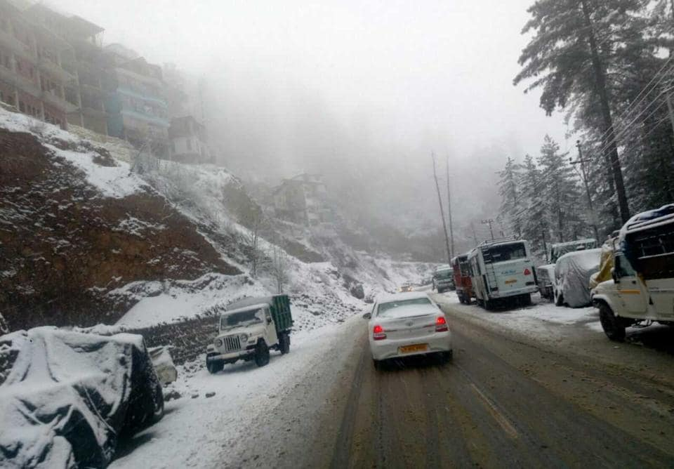 A picturesque view of snowfall in Shimla.