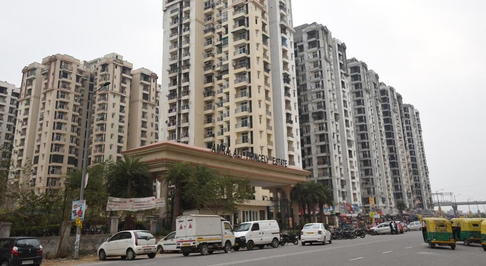 In Amrapali Princely Estate, the generator set chimney is only 1.5 metres above the residential tower, whereas norms stipulate that it should be above five metres.