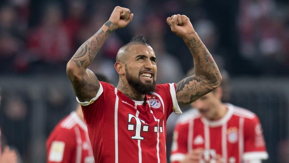 Chelsea target Vidal expresses desire to stay at Bayern