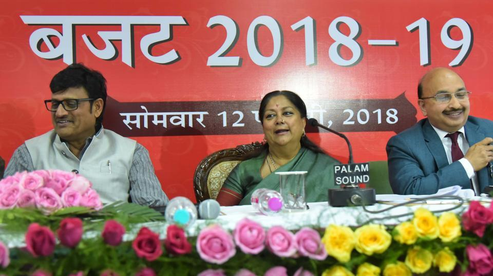 Rajasthan chief minister Vasundhara Raje interacts with the media after presenting the state budget 2018-19, in Jaipur on Monday. (Himanshu Vyas /HTPhoto)
