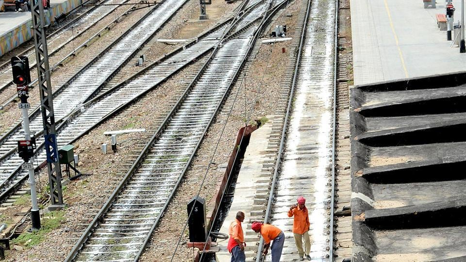 Railways to invest Rs .73000cr to solve safety-related woes