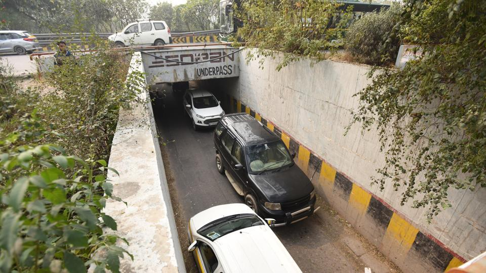 Noida,expressway,underpass
