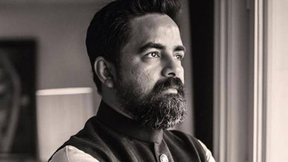 Sabyasachi Mukherjee , in his open letter, said he was passionate about textiles and Indian heritage but admitted he used the wrong words to express his point of view.(Sabyasachi Mukherjee Instagram)