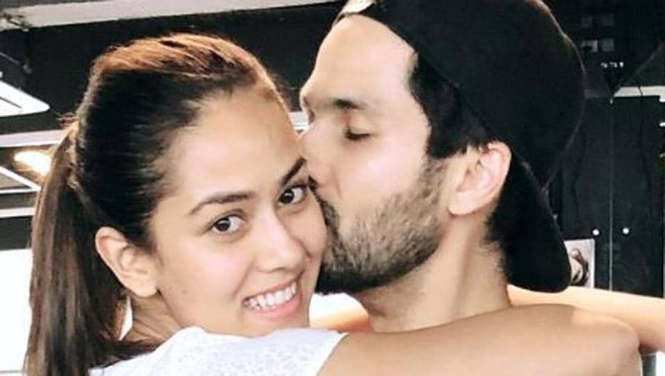 Shahid-Mira to Amitabh-Jaya: Celebrity Instagram is full of lovey-dovey Valentine's Day pics