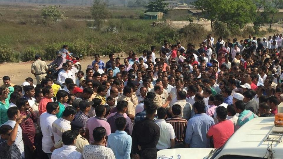 Pargaon villagers staging a morcha on Wednesday.