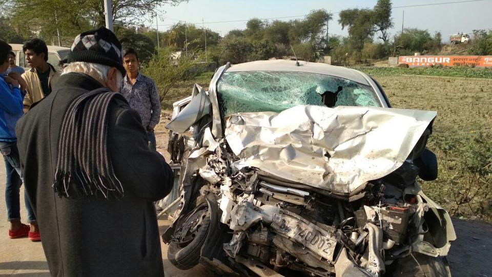 A 55-year-old man and his 21-year-old son were killed and seven others were critically injured on Tuesday after two cars collided head-on with each other near Kalindi Kunj in south Delhi.