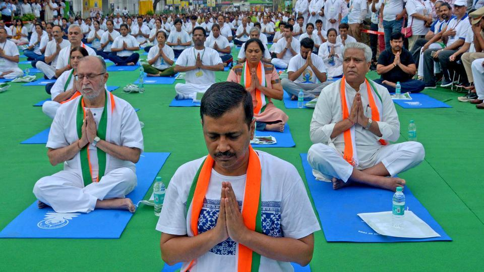 Kejriwal performed yoga on the 2017 International Day of Yoga at Connaught Place. Of 1,000 clinics planned under the Mohalla Clinic scheme only 160 clinics are now operational with expansion crawling for want of land from various agencies. The government is also providing free surgeries and radio-diagnosis tests at empanelled private centres, if service is unavailable or waiting period too long at government hospitals. (HT Archive)