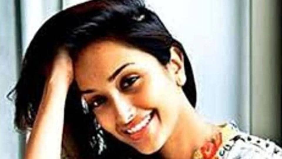 The body of Jiah Khan was found hanging at her residence in Andheri, Mumbai by her mother Rabiya Khan on June 3, 2013.