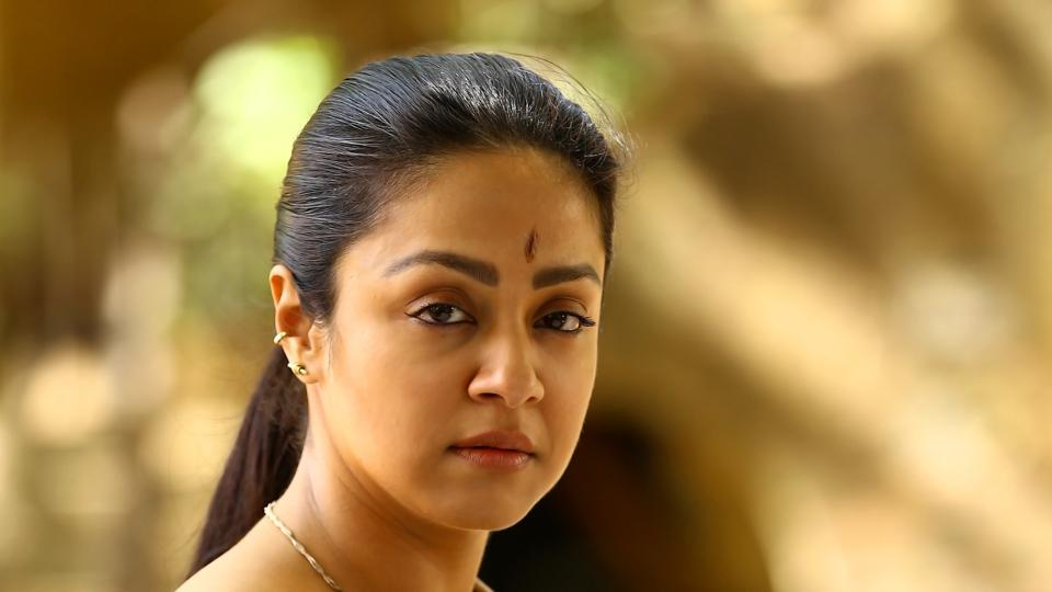 Naachiyaar movie review,Naachiyaar,Naachiyaar Jyothika