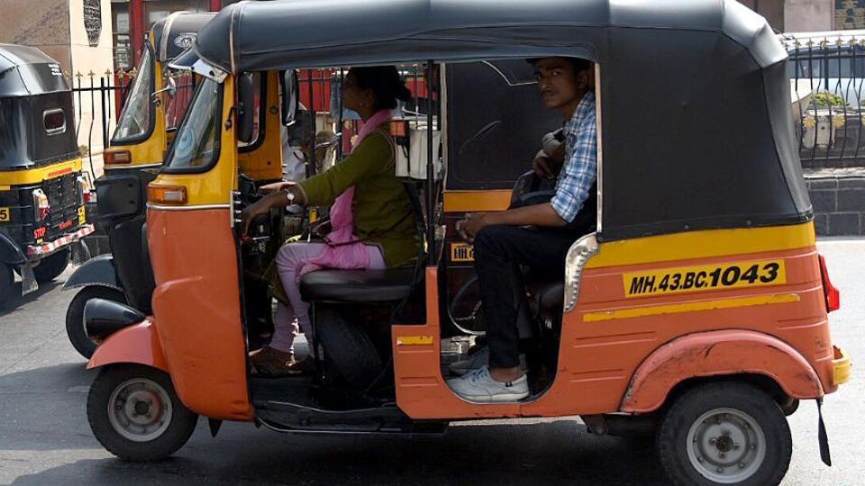autorickshaw stand,autorickshaw drivers,Navi Mumbai commute