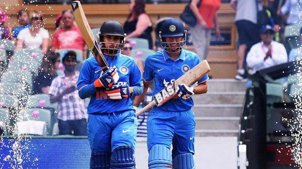 Mithali Raj displaced as ODI No.1 batswoman