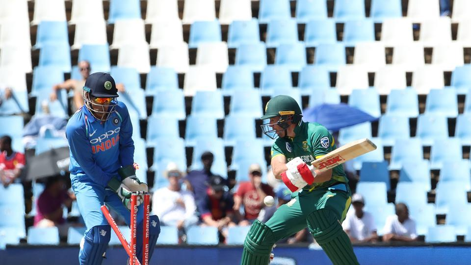 AB de Villiers, who looked set to score a big one, fell to Yuzvendra Chahal in the 21st over.  (BCCI )