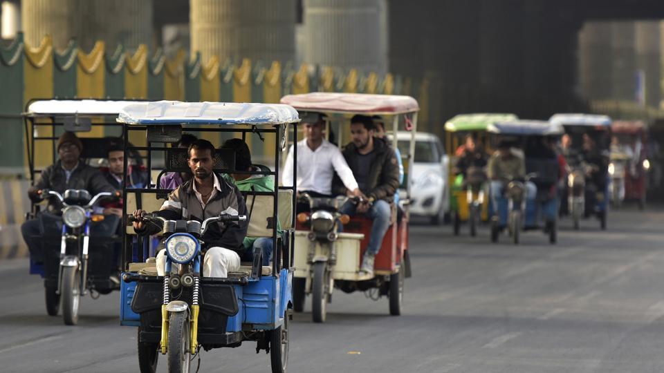 Noida,auto,traffic