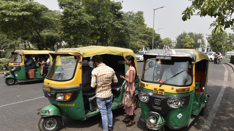 Delhi transport department,Delhi autos,CNG auto-rickshaw