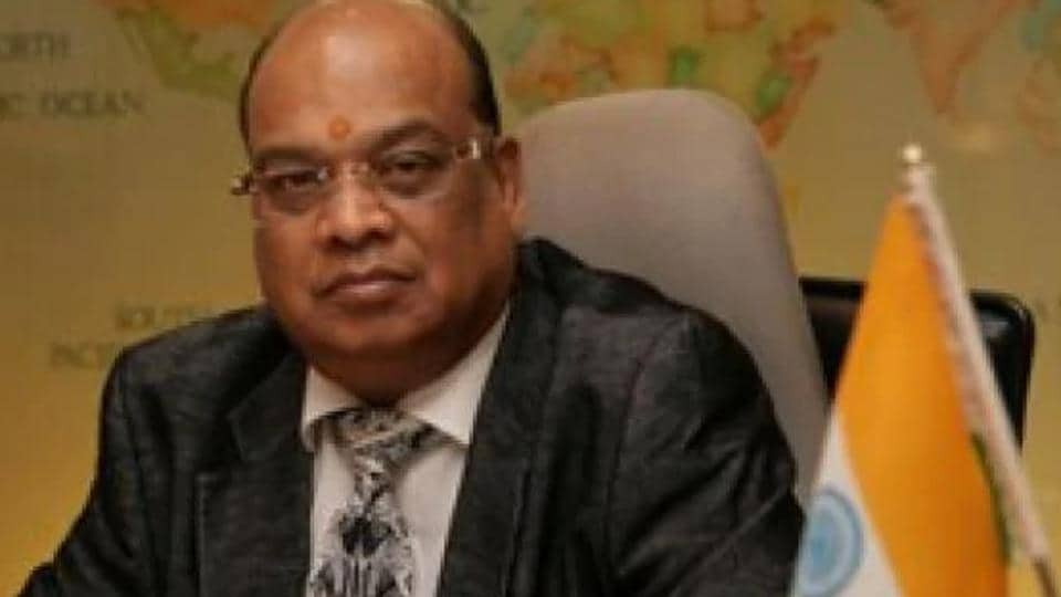 In the last two days, officials of the banks have visited the properties of Vikram Kothari.