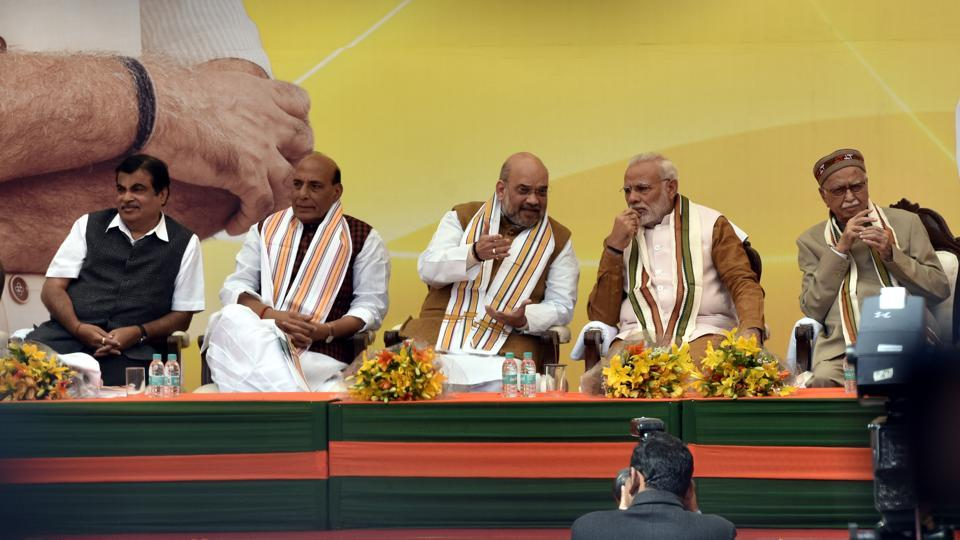 Narendra Modi, BJP National President Amit Shah, Senoir BJP Leader LK Advani, Union Home Minister Rajnath Singh, Minister of Road Transport and Highways Nitin Gadkari during inauguration of the new BJP headquarters at Deen Dayal Upadhyay Marg, in New Delhi. (Sonu Mehta / HT Photo )