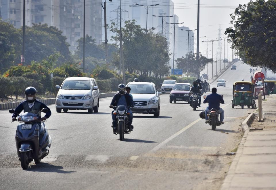 Commuters unfamiliar with the city roads often drive at the flyover at high speed, unaware of the bus stop, cut and speed breaker lying ahead.