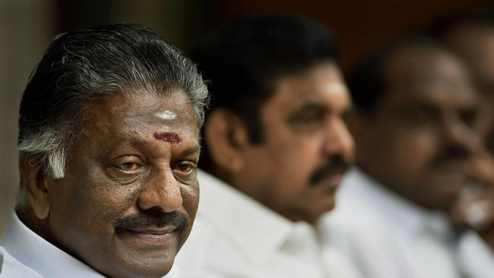 Tamil Nadu deputy CM O Panneerselvam (left) and chief minister E Palaniswami (centre) at a meeting of AIADMK's high-level committee, Chennai (File Photo)