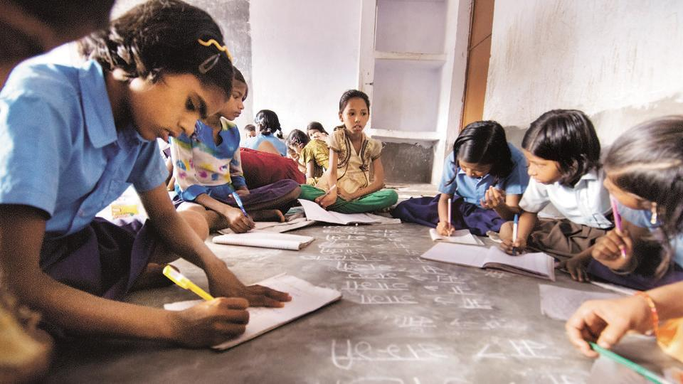 in a country such as India, which has large class sizes, a high proportion of unqualified teachers and a shortage of instructional time, it becomes critical to ensure that textbooks adhere to certain quality standards.