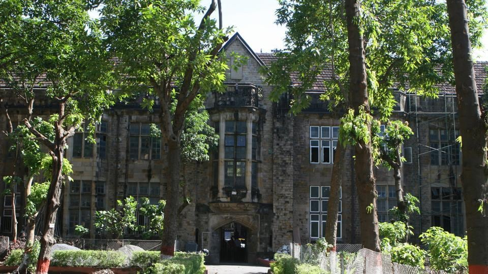 Mumbai University has declared the results for Third Year Bachelor of Commerce (TYBcom) Semester V and Semester VI results on its official website.