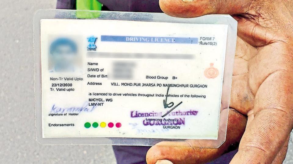 Mumbai resident dupes Pune businessman of Rs 11 lakh with
