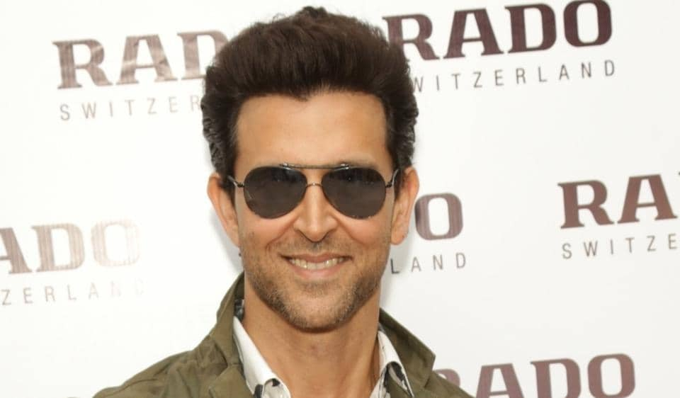 Hrithik Roshan Is Unrecognisable As He Sells Papad In Jaipur For