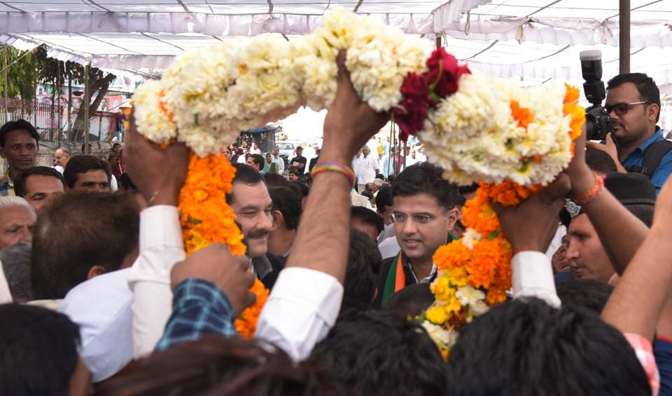 Thanks Giving for bypoll win - State Congress President Sachin Pilot and other senior leaders meeting party workers outside Congress office in Jaipur on Wednesday.Photo:- Prabhakar Sharma