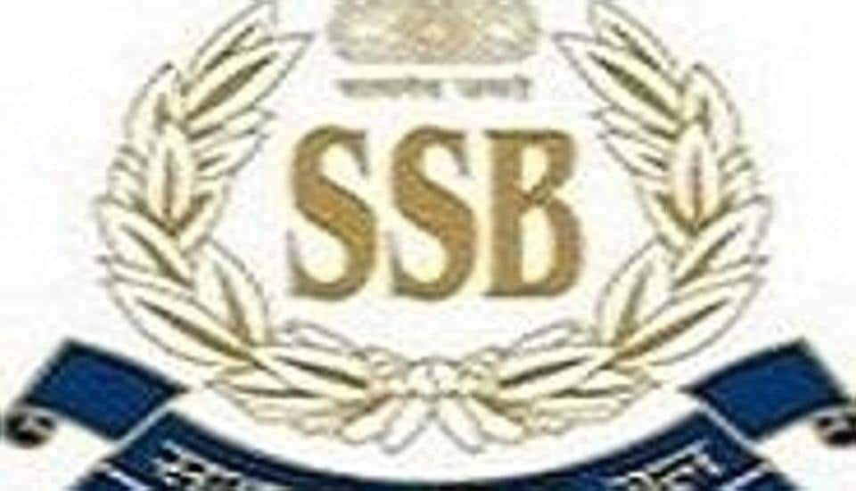 SSB jawans free accused officer from police station