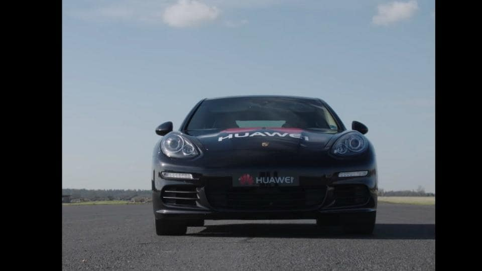 Huawei shows a glimpse of the Mate 10 Pro controlling a driverless Porsche Panamera