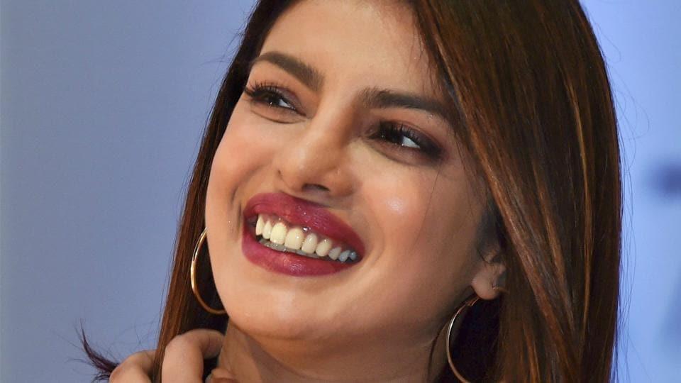 Priyanka Chopra,Priyanka Chopra Looalike,Priyanka Chopra Doppelganger