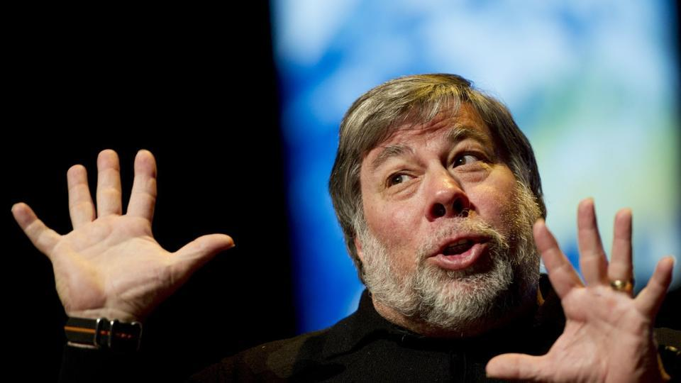 Donald Trump,Steve Wozniak,Apple co founder