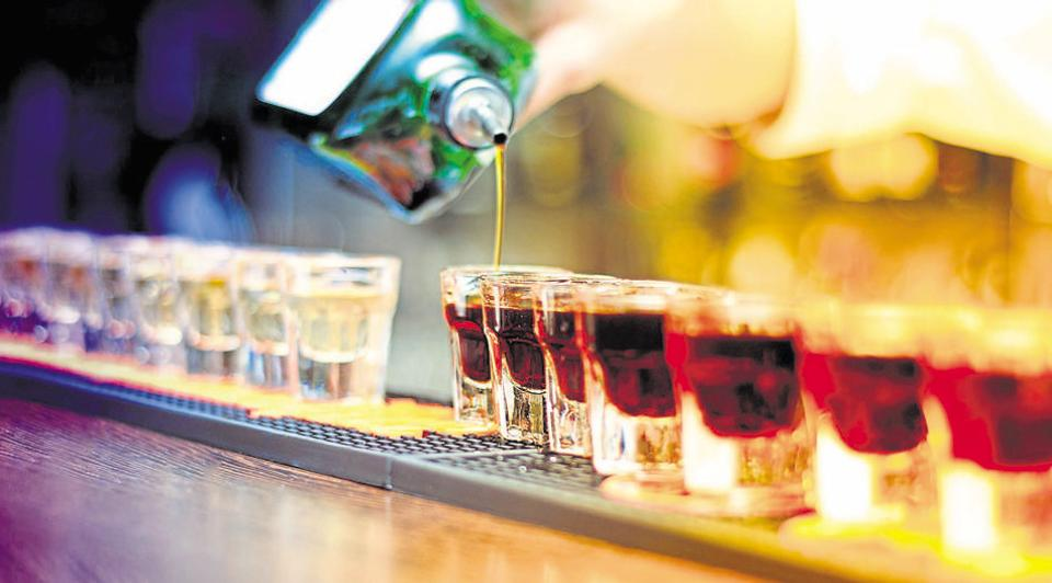 In 2015, a proposal to bring down the legal drinking age from 25 to 21 in the city had been submitted to the Delhi government, but the AAP dispensation had turned it down.