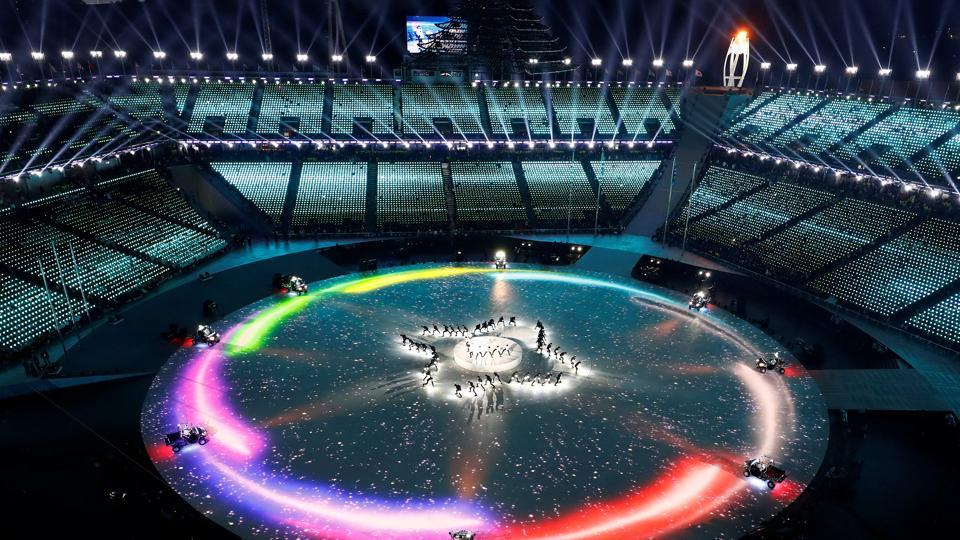 A panoramic view during the closing ceremony.  (REUTERS)
