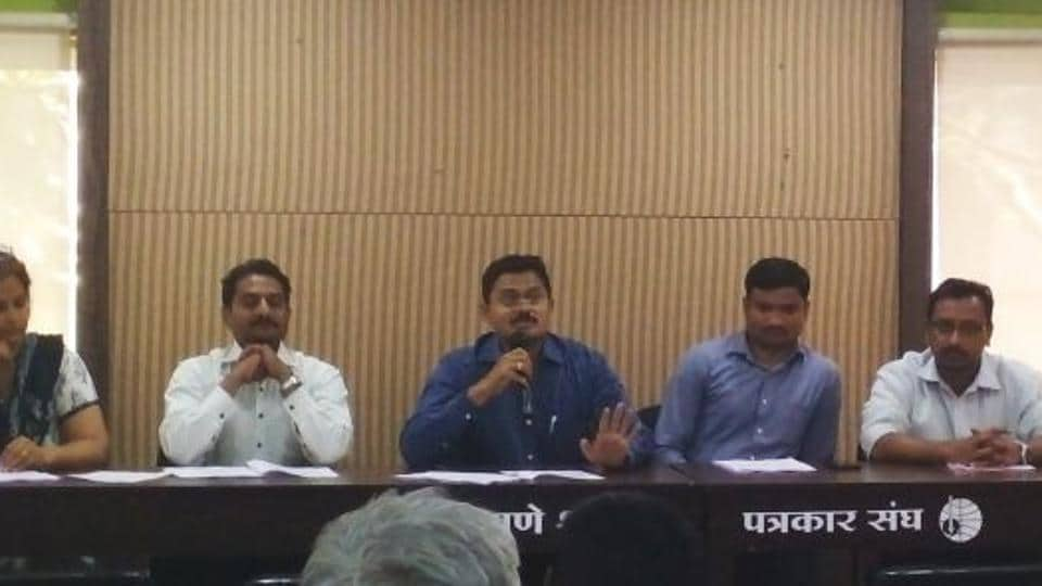 Former faculty of Sinhgad Technical Education Society's Kashibai Navale college of engineering Sachin Shinde speaking at the press conference organised by the protesting teachers of Sinhgad Institutes.
