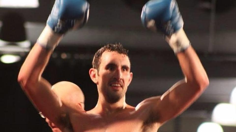 British boxer Scott Westgarth died after winning his light-heavyweight bout at Doncaster in southern Yorkshire, UK on Saturday.