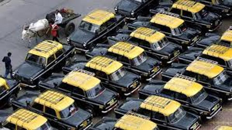 Mumbai commute,taxis,kaali peelis