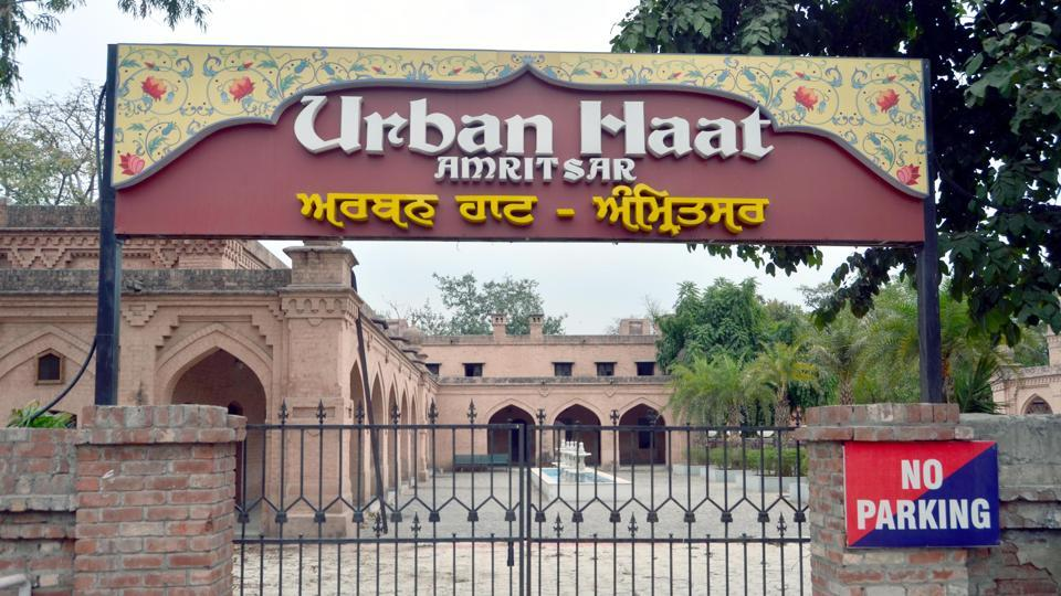 As Punjab govt gears up to open Lahore-like food street in Amritsar