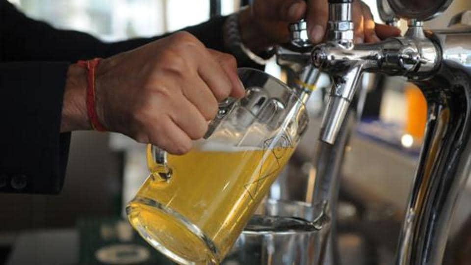 Liquor consumption,Noida liquor consumption,IMFL liqwquor price in Noida