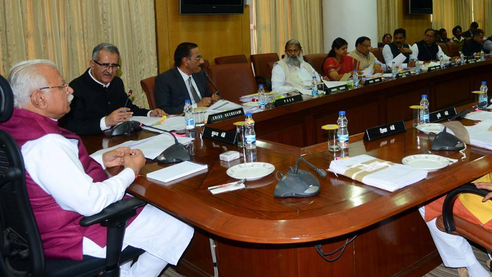 Haryana Chief Minister Manohar Lal Khattar Chairing A Cabinet Meeting On  Tuesday.