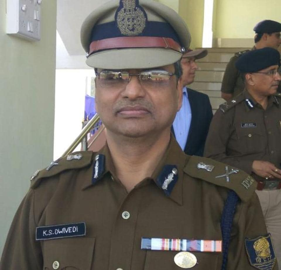KSDwivedi,Bihar DGP,Pramod Kumar Thakur